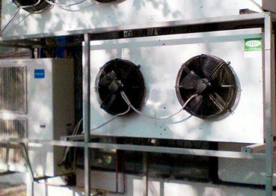 Hűtő-, klíma- és hőszivattyú berendezés-szerelő